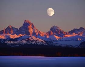 Visiting Idaho? Hike Blowout and Churchill Mountain